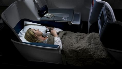 plane with beds which flights offer lie flat beds