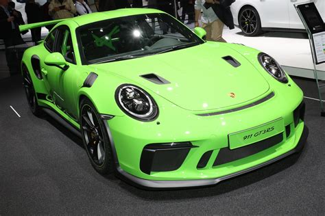 2019 Porsche 911 Gt3 Rs by 2019 Porsche 911 Gt3 Rs Revealed Priced From 188 550