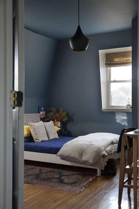 Best Paint Color For Low Ceilings by 17 Best Ideas About Low Ceiling Bedroom On Low