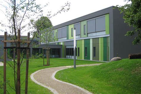 Kleine Vertikale Bad Homburg by Bildungszentren Sportzentren Soziale Einrichtungen
