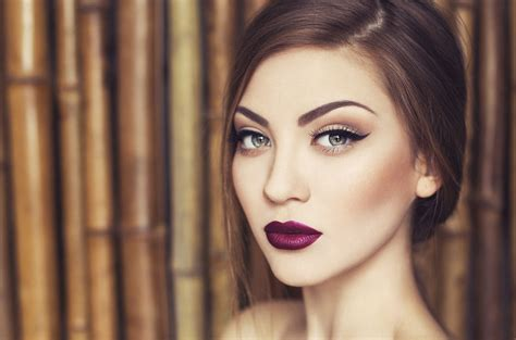 Fall Makeup Trends Gray Shadow 3 by Fall Makeup Trend Lip Color Makeup The