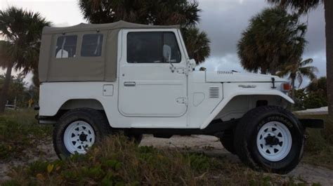 Vintage Toyota Land Cruiser For Sale Toyota Land Cruiser Fj 40 Classic 1983 For Sale Toyota