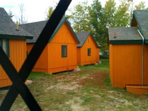 Cabins Near Mackinaw City by Bed Frame Cabin Theme Picture Of Cabins Of Mackinaw