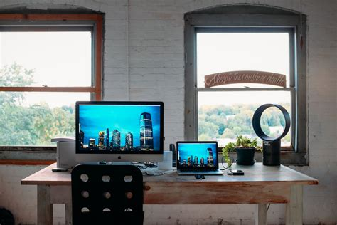 Photographers Desk Setup Cool Desk Setups Desk Setup Powered By Gaming Setup Accessories Pc Room Home Decor For