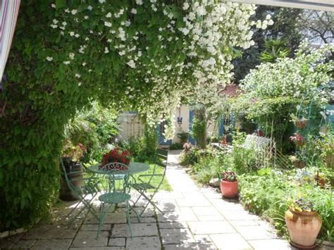 jardin de ville jardin de ville cocooning vrt pinterest jardin de