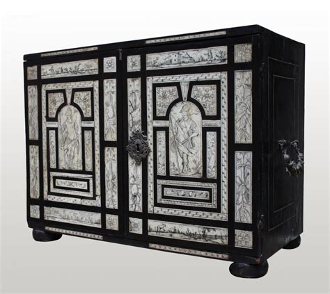 Cabinet Philippe Petit by Petit Cabinet De Voyage 224 Incrustations Xviie Si 232 Cle N