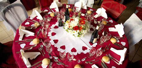 Dekobeispiele Hochzeit by Tischdeko In Rot Weddix