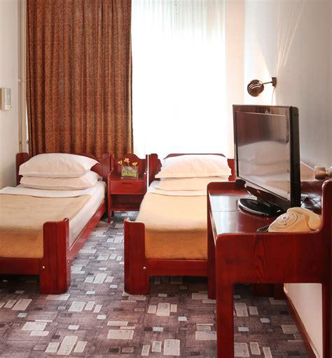hotel veniz standard room standard room belgrade 4 slavija hotel belgrade