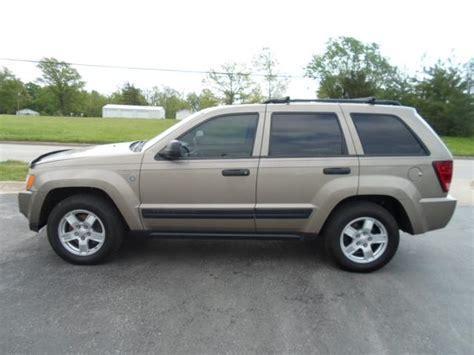 jeep grand cherokee tan 2005 jeep grand cherokee laredo snelling auto plaza