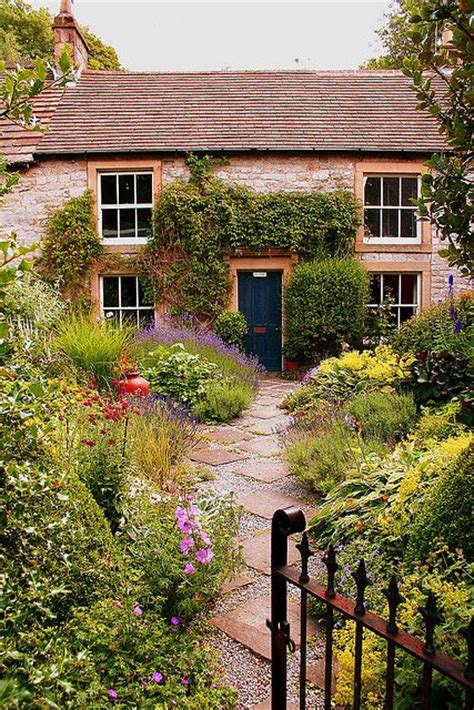 tideswell gardens cottages and i