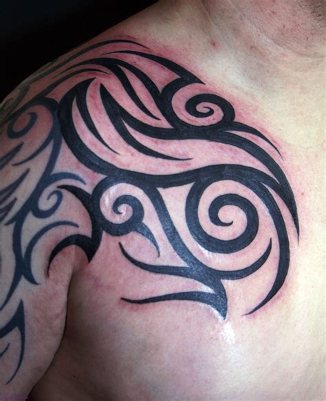tribal tattoos family chest shoulder tribal tattoos cool tattoos bonbaden