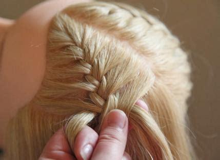10 fun summer hairstyles for girls parenting 10 fun summer hairstyles for girls parenting