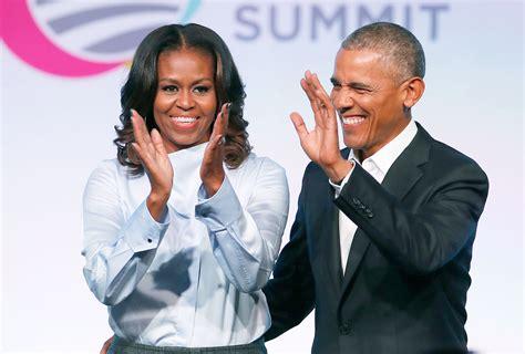 michelle obama netflix barack and michelle obama in talks to produce netflix
