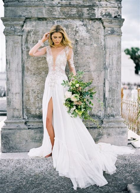 Modern Wedding Dresses by 5 Modern Wedding Dresses Guaranteed To Bring The Wow Factor