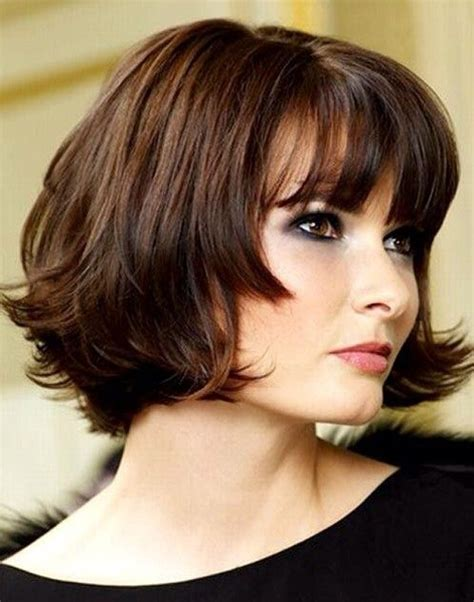 pictures of chin length bobs in ponytails short chin length hairstyles bringing a whole new