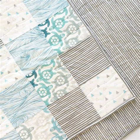 Sea Turtle Crib Bedding 25 Best Ideas About Sea Turtle Quilts On Pinterest Turtle Pattern Turtle Quilt And Dolphin Craft