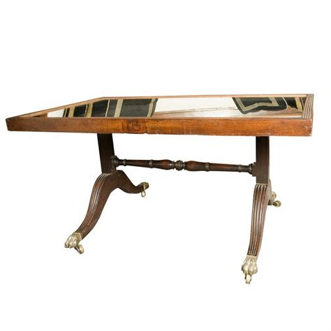 25 best ideas about mahogany coffee table on