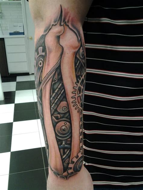 eine galerie mit aktuellen designs biomechanic tattoos