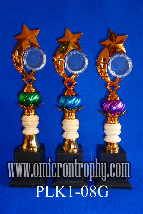 Piala Set Juara 123 Trophy Mtq Tatakan Kotak Plakat Figur Gold Murah 24 produsen piala plastik omicron trophy