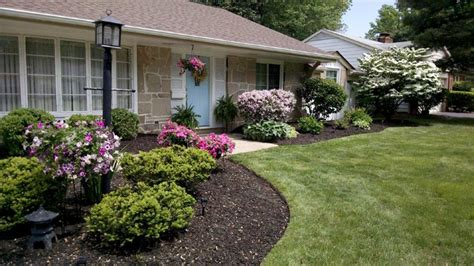 how to mulch flower beds home improvement tips from our best rated experts angie s list