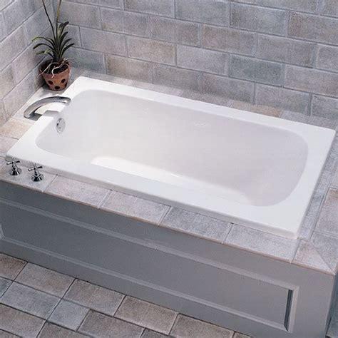 Ceramic Bathtubs For Sale by Best 25 Soaker Tub Ideas On Bathtubs Bath