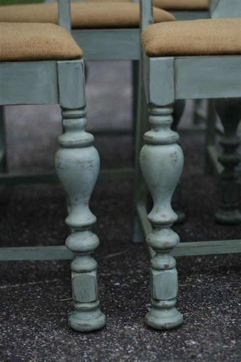 Painted Esszimmertisch by Die Besten 25 Antique Dining Chairs Ideen Auf