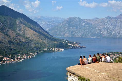 vacanze low cost vacanze crescono gli italiani in viaggio ma low cost