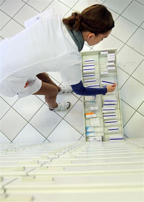 wann wirken schmerzmittel neue untersuchung gef 228 hrliche arznei bleibt jahrelang auf