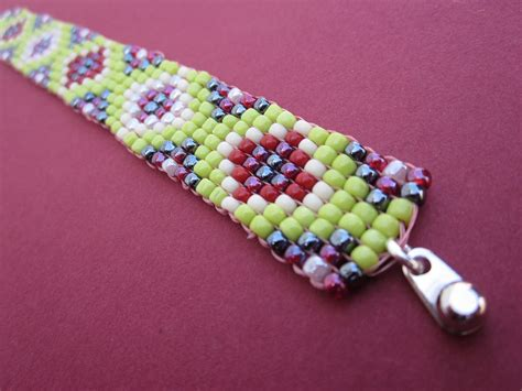square stitch seed bead bracelet in green red by adessojewelry