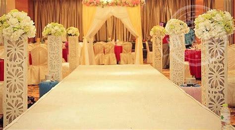 Average Wedding Aisle Length by Luxury White Wedding Carpet Runner 2 Meter Width By 20