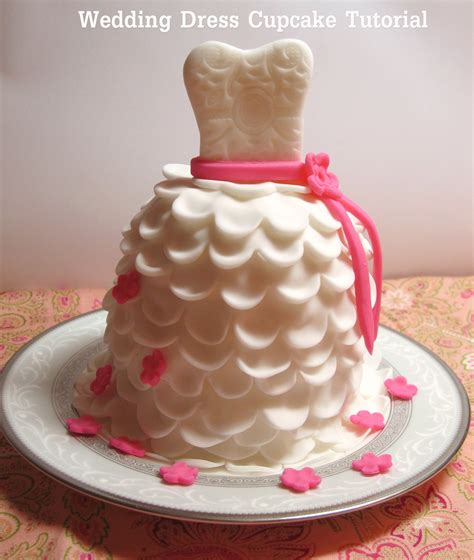 Bridal Cupcakes by Diy How To Make Beautiful Wedding Dress Cupcakes With