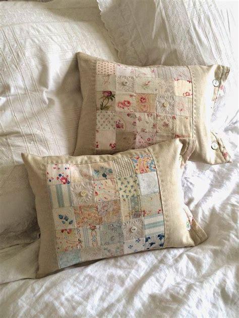 cuscini romantici romantici cuscini con riporti in tessuto provenzale lo