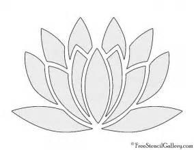Flower Stencil Template by 17 Best Ideas About Flower Stencils On