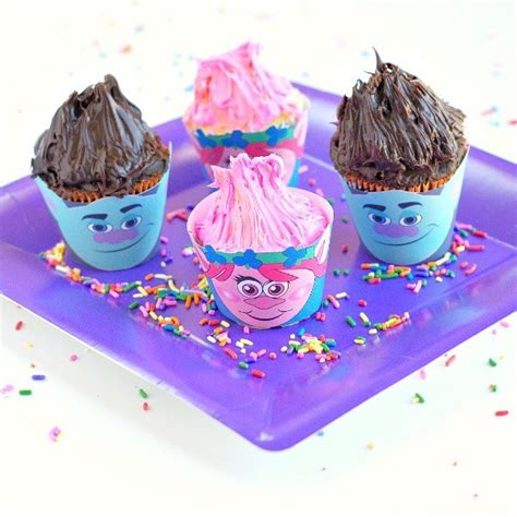 trolls cupcakes troll cupcake wrappers edible crafts
