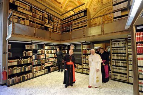 libreria vaticano abren en biblioteca vaticano