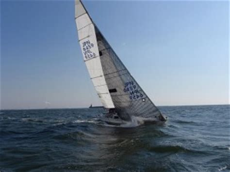 zeilboot x 99 roxy x yachts x 99 yacht sailing japan and blue water