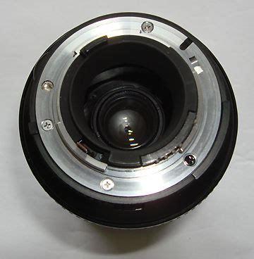 nikon's af zoom nikkor 28 200mm f/3.5~5.6d if wide