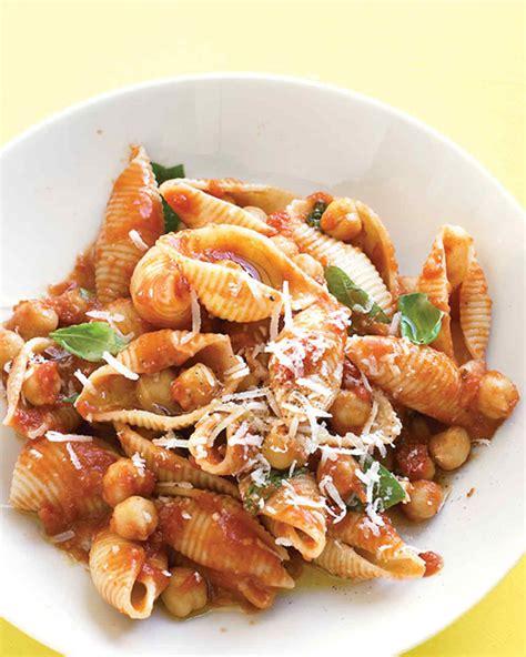 tomato basil sausage pasta sauce recipe with chickapea pasta with chickpea tomato sauce