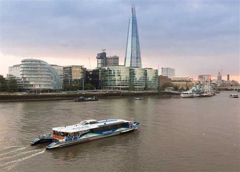 thames river cruise pick up points mbna thames clippers river roamer thames river cruises