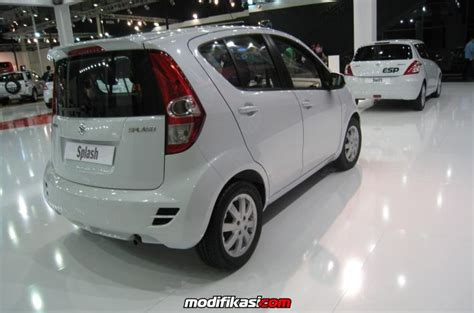Kas Rem Mobil Suzuki Splash promo suzuki new splash mobil irit angsuran ringannn
