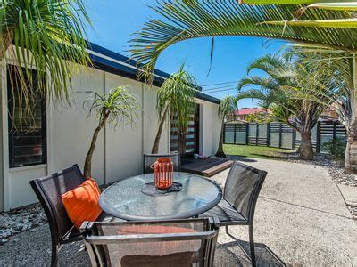 dog friendly holiday house marcoola house petfriendly holiday houses