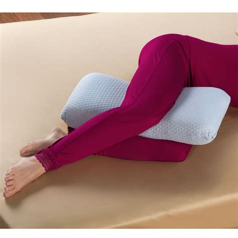 Knee Pillow For Knee by The Hip And Knee Oversized Comfort Pillow Hammacher