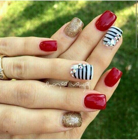fotos de uñas decoradas con flores y mariposas las 25 mejores ideas sobre u 241 as decoradas rojas en