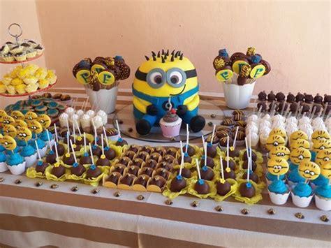 minion cake table table