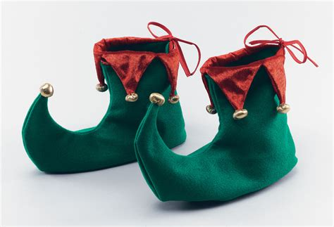 6 thoughts about the song christmas shoes