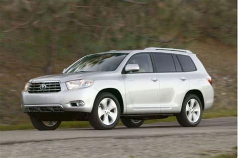 Toyota Rav4 2008 Recall Toyota Recalling Some Rav4 Highlander Models For Airbag Issue