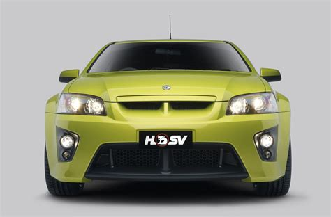 vauxhall vxr8 ute vauxhall vxr8 bathurst s and hsv maloo hit the top gear