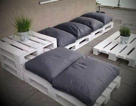 sofa palete 10 ideias criativas com sof 225 s de paletes pallet outdoor