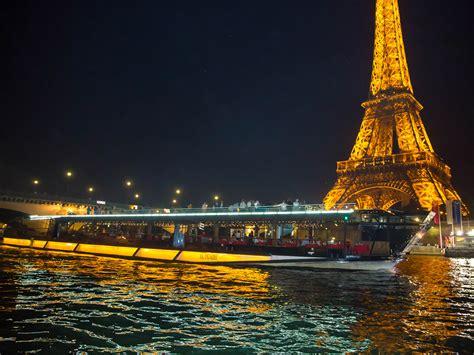 bateaux mouche paris new year s eve bateau mouche valentines day dinner cruise