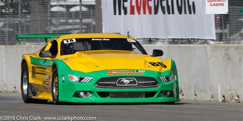 ford mustang trans am ford mustang takes 1st in detroit ta race ford authority